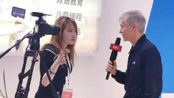 北京電視臺采訪CEO Dr. John Ostrem